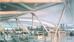 John F. Kennedy International Airport – Terminal 4 / SOM