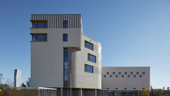 Bobby Moore Academy, Secondary School / Penoyre & Prasad