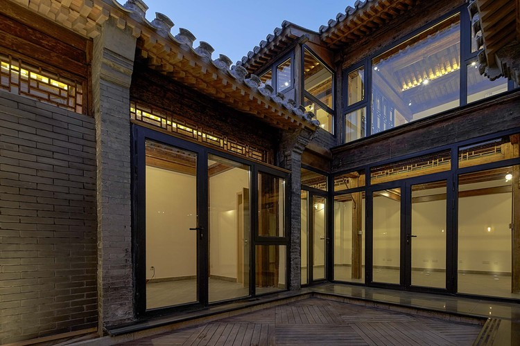 Hutong Courtyard Renovation at Qianmen Street / Super + Partners, Xixiangfang facade. Image © He Chen