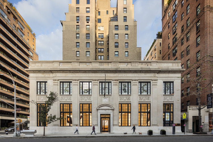 Apple Store, Upper East Side / Bohlin Cywinksi Jackson, © Peter Aaron