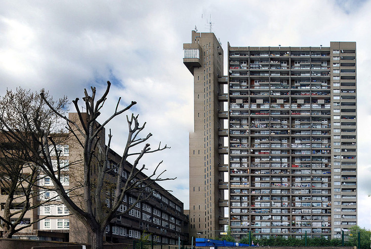 AD Classics: Trellick Tower / Erno Goldfinger, Flickr User IK's World Trip