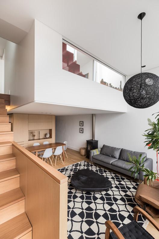 Apartment F+B / Núcleo de Arquitetura Experimental, © Marcelo Donadussi