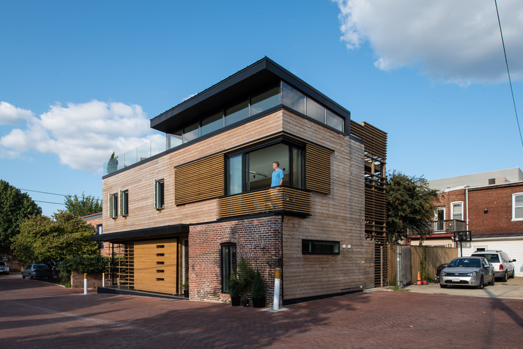 Walker Court    / Demian/Wilbur/Architects, © Merrill St. Leger