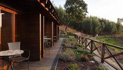 Empreendimento Turístico em Espaço Rural – Casa de Campo em Lugar da Lapa  / Adapteye