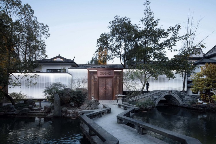 Yiyuan Xiaozhu  / Shanghai Dachuan Architects, After renovation. Image © ArchExist