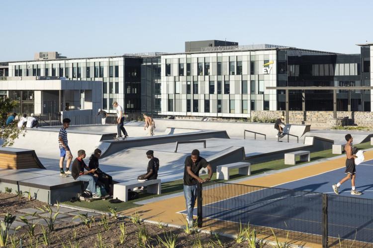 Batri Parc / Dk Architects, © Dave Southwood
