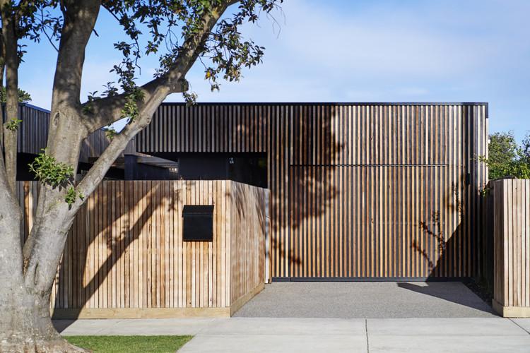 Bluebird Townhouses / Altereco Design, © Nikole Ramsay