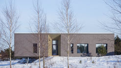 Neris River House / Kubinis metras