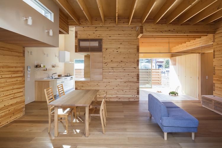 Three storage places and Eight roofs / Kakinomifarmarchitects, © Norihito Yamauchi