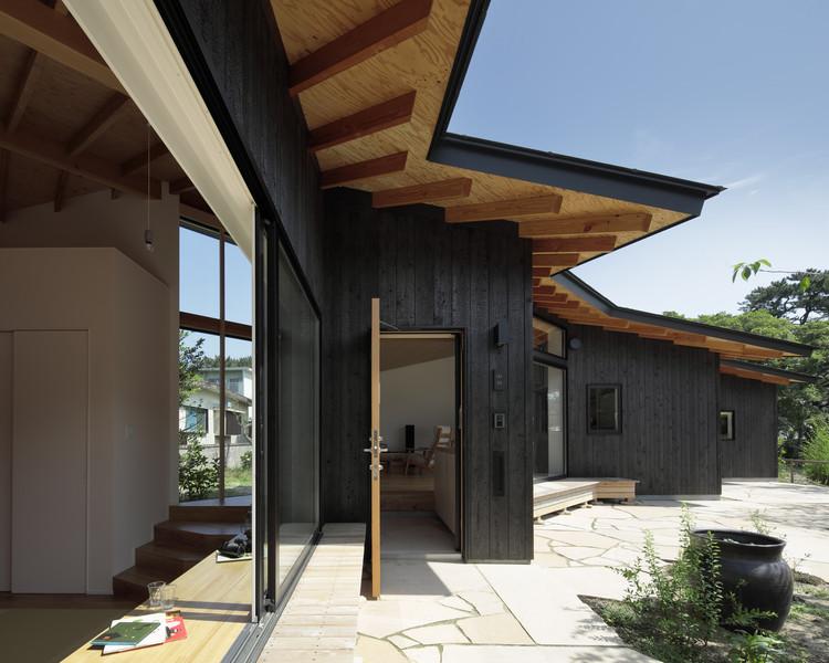 Secuencia de muros en L / Ikeda Yukie Ono Toshiharu Architects, © Koichi Torimura