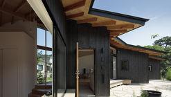 Secuencia de muros en L / Ikeda Yukie Ono Toshiharu Architects