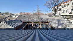 Xiaochaye Hutong / Beijing Qingzhu Architecture Design