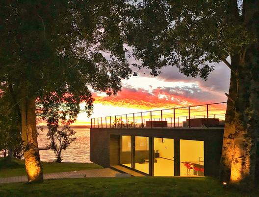 Quincho Lago Puyehue / Juan Pablo Buvinic