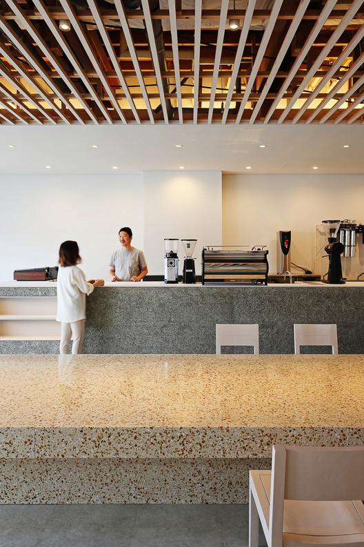Nagasawa Coffee / ARII IRIE ARCHITECTS