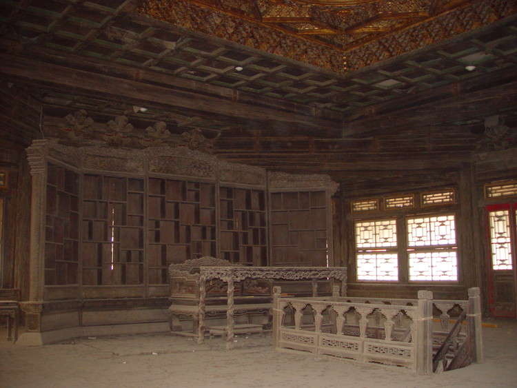 Fuwangge before conservation. Image via World Monuments Fund