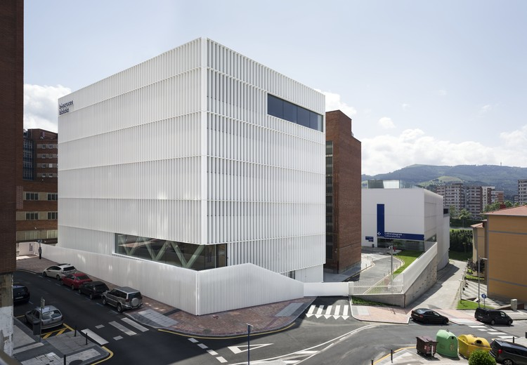 Headquarters of the BioCruces Institute / IDOM, © Aitor Ortiz