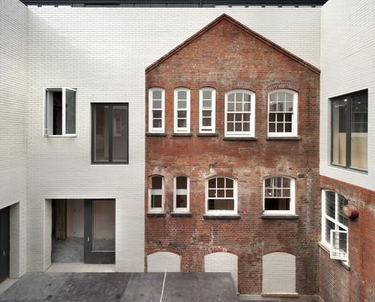 Battersea Arts Centre / Haworth Tompkins