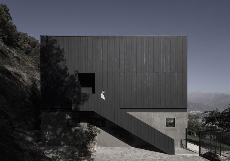 BYL Houses / Cristian Romero Valente + Raimundo Gutierrez Frías, © Pablo Casals Aguirre
