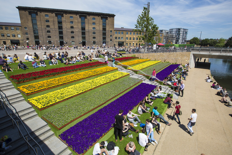 Canal Corridor, King's Cross / Townshend Landscape Architects, © John Sturrock
