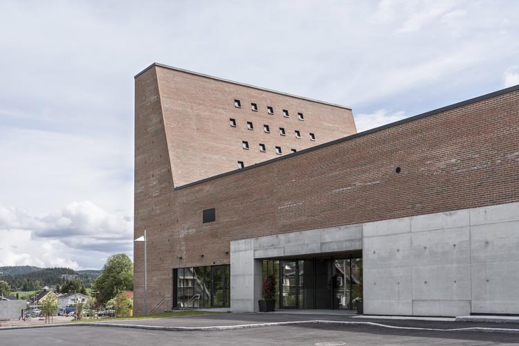 Spikkestad Church and Cultural Centre / Einar Dahle Arkitekter + Hille Melbye Arkitekter, © Jiri Havran
