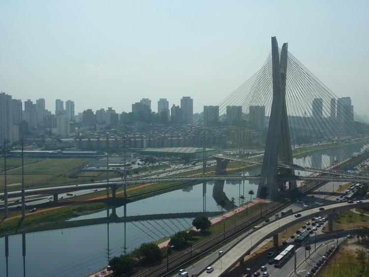 Portal GeoSampa oferece mapas e informações sobre a cidade de São Paulo, © Gary Bembridge, via Flickr. Licença CC BY 2.0