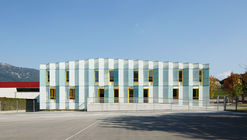 Escuela Primaria en Igorre / azab