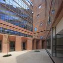 Biblioteca de Ciencias, Ingenieria y Arquitectura PUCP / Llosa Cortegana Arquitectos. Image © Juan Solano Ojasi