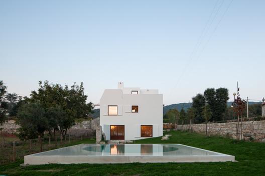 House in Afife / Guilherme Machado Vaz
