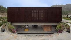Casa Topo / Martin Dulanto Arquitecto