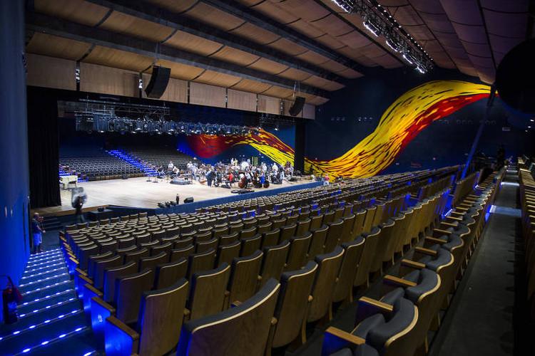 Acústica de teatros, auditórios e salas de espetáculo: subsídios para o projeto, Novo Auditório Simón Bolívar, no Memorial da América Latina - foto: Marcelo Justo, Folhapress