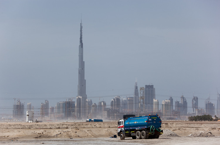 What Urbanism Needs to Learn from Dubai , Photo by Flickr user Lars Plougmann