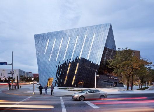 MOCA. Image © Dean Kaufman/Courtesy MOCA Cleveland