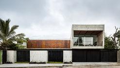 Casa Ataulfo / Apaloosa Estudio de Arquitectura y Diseño