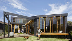 Bent Annexe / BENT Architecture