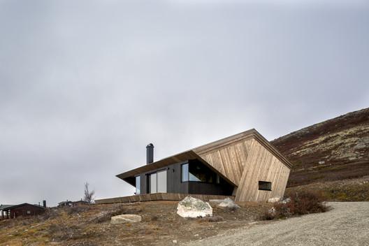 The Hooded Cabin / Arkitektærelset As