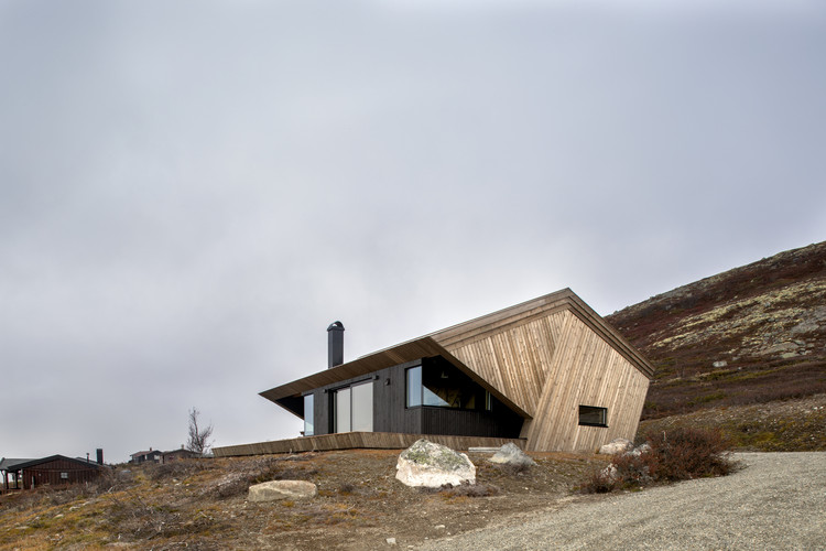 The Hooded Cabin / Arkitektværelset As, © Marte Garmann