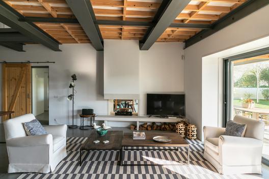 House in Figueira da Foz / Maria J. Pinto Leite, Arquitetura