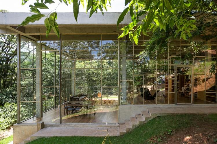 Library House / Atelier Branco Arquitetura, © Ricardo Bassetti