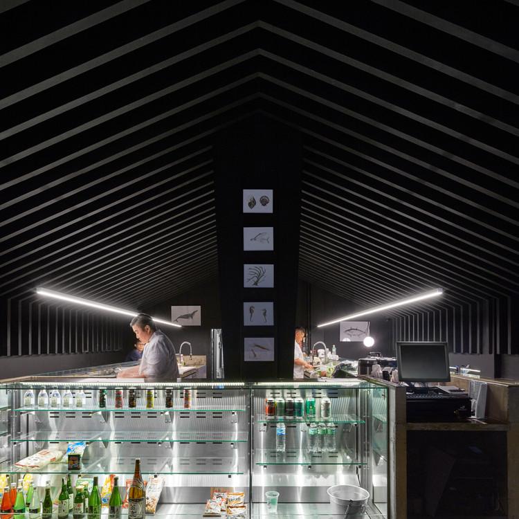 Mr Sun Sushi Bar / Atelier Branco Arquitetura, © Pedro Kok
