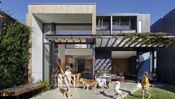 Fitzroy North House / BENT Architecture
