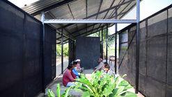 Refúgio e centro comunitário rural / Atelier Shantanu Autade