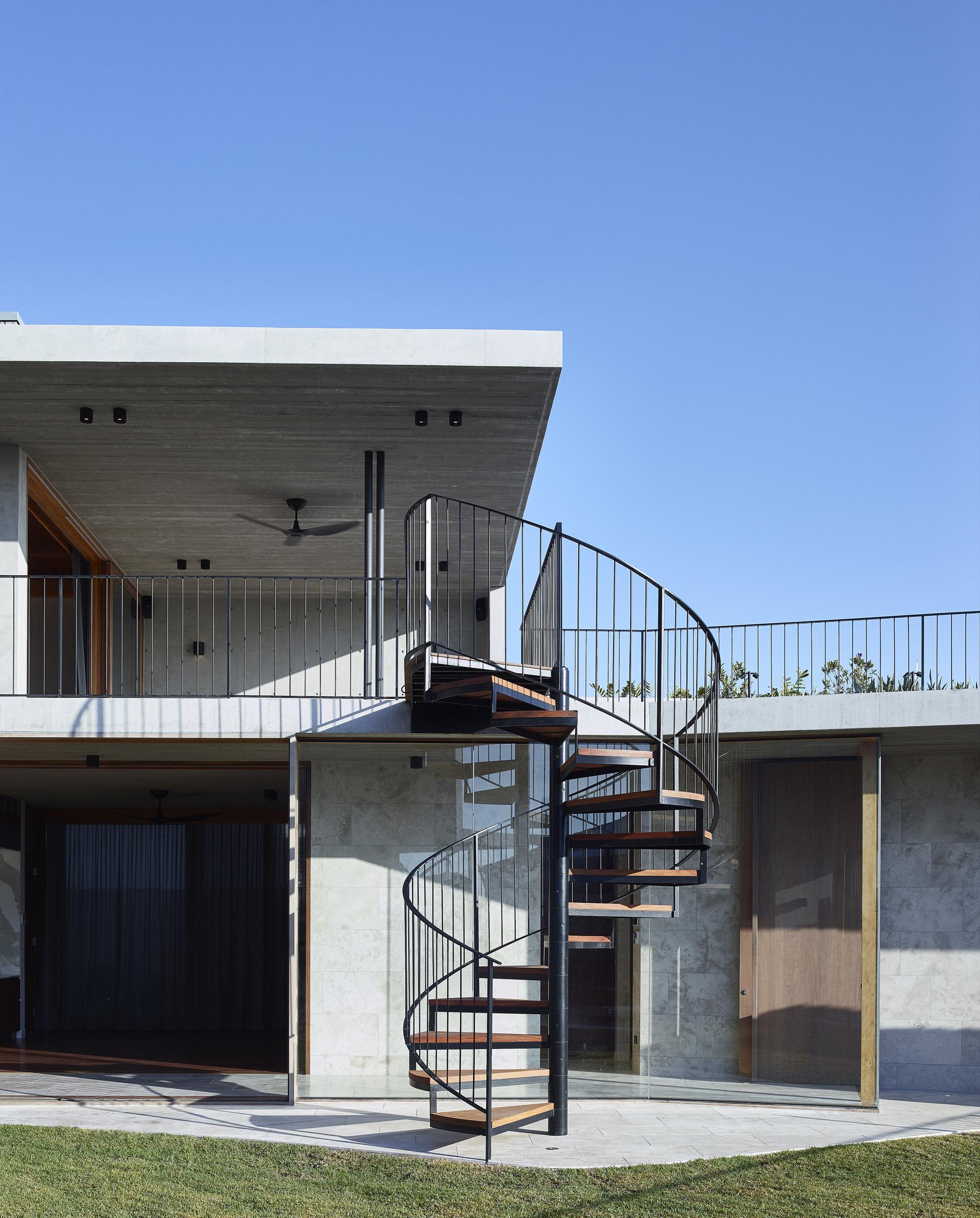 V House / Shaun Lockyer Architects