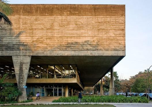 Brazilian Brutalism- FAU-USP Building. Image © Flickr user Fernando Stankuns