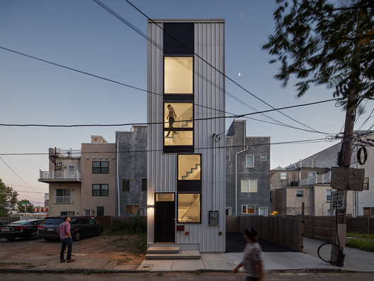 Tiny Tower / ISA- Interface Studio Architects