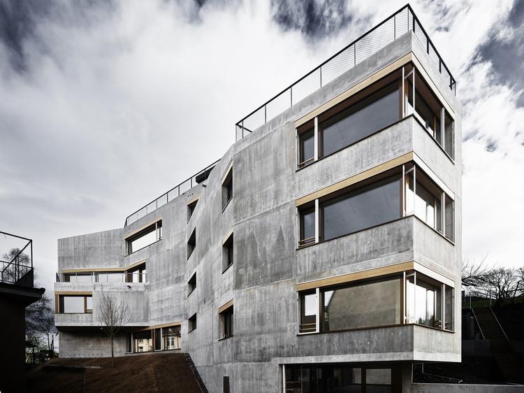 Apartment Building Waffenplatzstrasse / Andreas Fuhrimann Gabrielle Hächler Architekten, © Valentin Jeck
