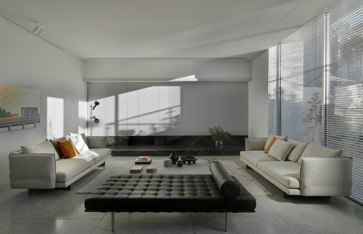 SLD Residence / Davidov Partners Architects