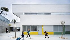 Indira Gandhi Public School / Fresneda & Zamora Arquitectura