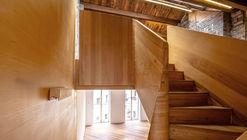 Fengyang Road Alleyway-house Gallery Office / Atelier Zeros