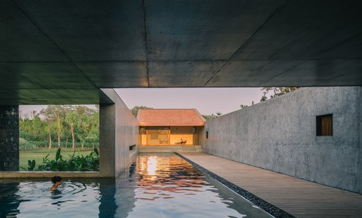 Three Court House / RMA Architects