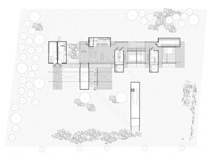 Arquitectura con Containers: ejemplos en planta para resolver sus restricciones físicas, vía Daniel Moreno Flores + Sebastian Calero